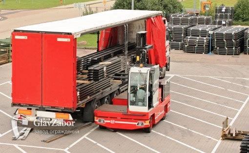 Для получения нашей продукции подается только транспорт, допускающий боковую погрузку